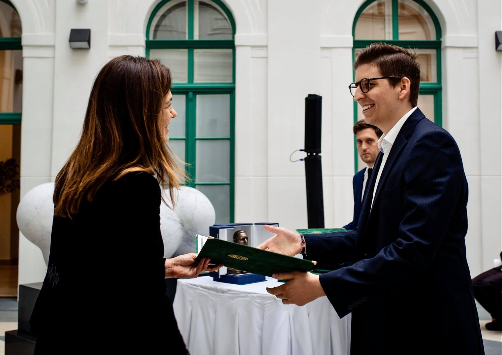 Miniszteri elismerésben részesültek az MKÖ egykori ösztöndíjasai